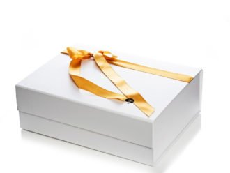 Living Pure Natural Gift Box White